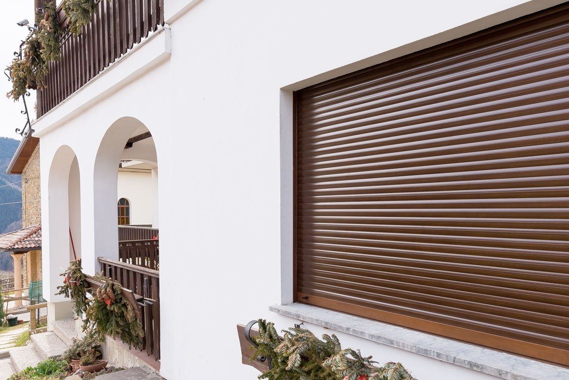 bauelemente fenster t ren rolladen sonnenschutz walles bauelemente celle. Black Bedroom Furniture Sets. Home Design Ideas